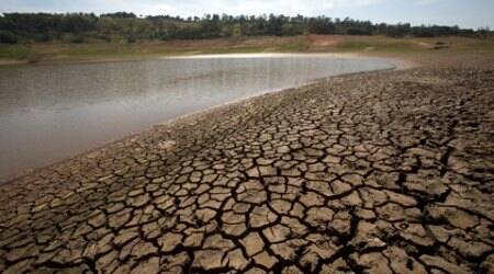 Drought relief: Shiv Sena, BJP MLAs take on govt for'laxity'