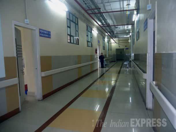 Ebola scare raises its head in Mumbai, Delhi