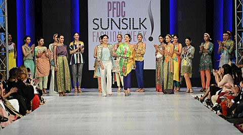 Models showcasing Maskatiya's collection at an earlier fashion show.