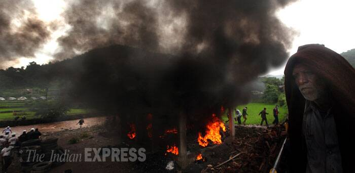 Mass cremations were being performed by relatives who reached the village. (Source: Express photo by Pradip Das)