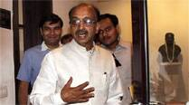 Vijay Goel faces twitterati's ire over migrant remark