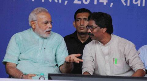 After Hooda, Jharkhand CM Hemant Soren faces jeers from crowd as he shares stage with Narendra Modi