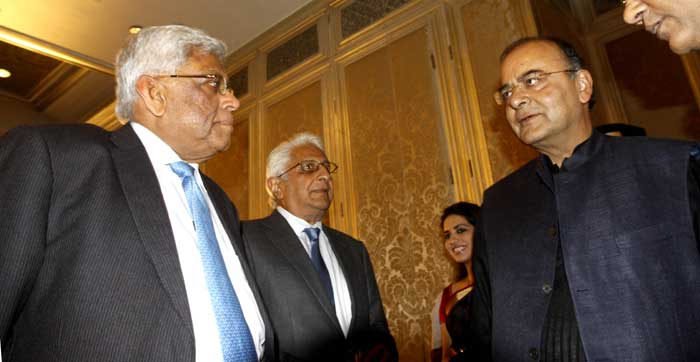 FM Arun Jaitley interacts with Deepak Parekh (the Chairman of Housing Development Finance Corporation, India's leading housing finance company) and Ajit Gulabchand ( the chairman and Managing Director of Hindustan Construction Company)  at Express Adda at Taj Mahal Palace in Mumbai. (Source: Express Photos by Pradip Das)
