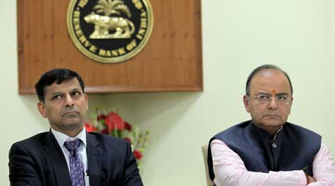 Finance Minister Arun Jaitley and RBI Governor Raghuram Rajan at a press conference after the RBI Central Board Meeting in New Delhi. (Source: Express photo by Ravi Kanojia)