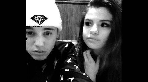 Selena Gomez and Justin Bieber pose for a selfie. (Source: Instagram)