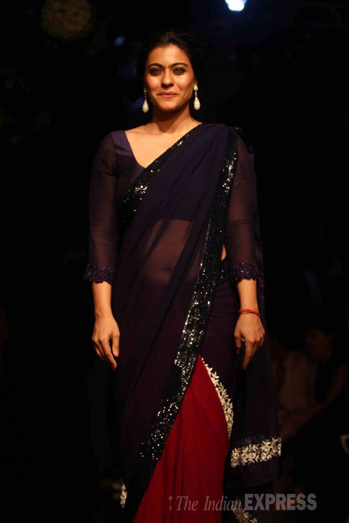 Kajol, who is a self confessed Manish Malhotra fan, rocked a double shade sari. (Source: Varinder Chawla)