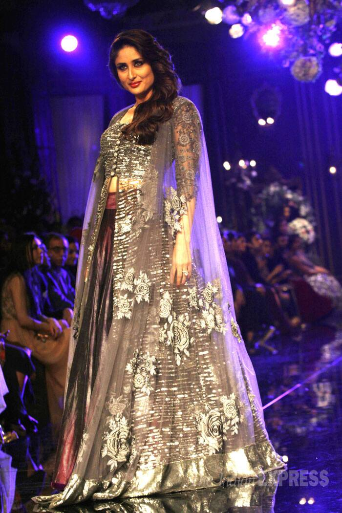 Kareena Kapoor donned a metallic purple lehenga with grey shades and a complete diamond and silver studded open jacket which she teamed with a nettet chunni. (Source: Express Photo by Pradip Das)