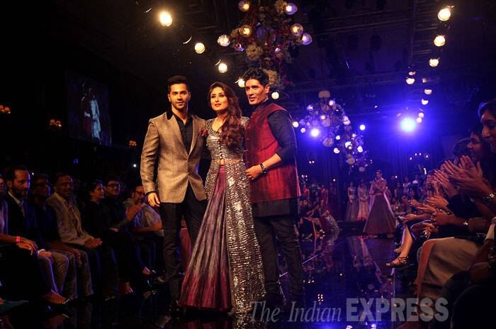 Main Tera Hero actor Varun Dhawan kick-started the grand finale by walking the ramp wearing black pants and jute jacket which had a velvet red Chinese collar.  (Source: Express Photo by Pradip Das)