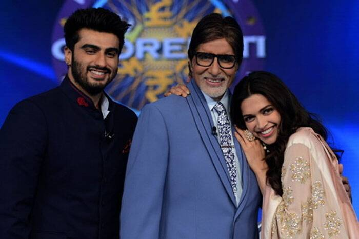 """After the gruels of character acts in the film shoot, there is reality in television and the switching over of temperament and thought and act and every other action that must necessarily be away from the one enacted before,"" posted Amitabh Bachchan. <br /> Big B, Arjun and Deepika pose together. (Source: Amitabh Bachchan blog/ FB/ Twitter)"