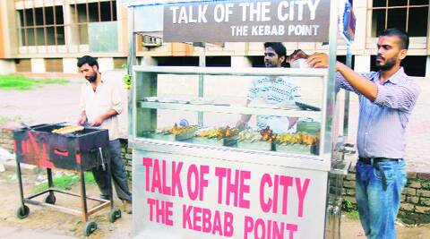 """At the """"Talk of the City"""" at Ghumar Mandi in Ludhiana. (Source: Express photo by Gurmeet Singh)"""