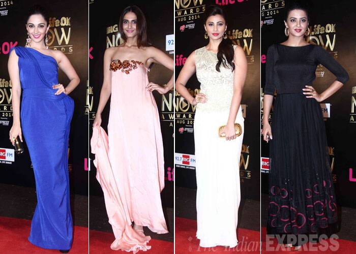 A recent awards night saw Bollywood divas Vaani Kapoor, Kiara Advani and Surveen Chawla among others walk the red carpet in their stunning designer outfits.  (Source: Varinder Chawla)