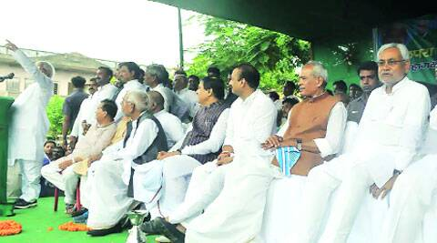 RJD chief Lalu Prasad speaks at Chhapra rally on Sunday as former Bihar CM Nitish Kumar, 3rd from right, shares stage with other RJD leaders. ( Source: Express photo by Prashant Ravi )