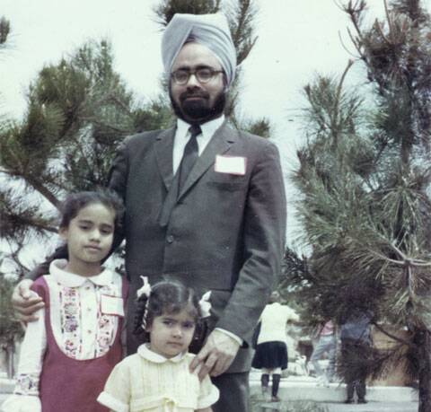 Singh with daughters Upinder and Daman, Coney Island, New York,1967