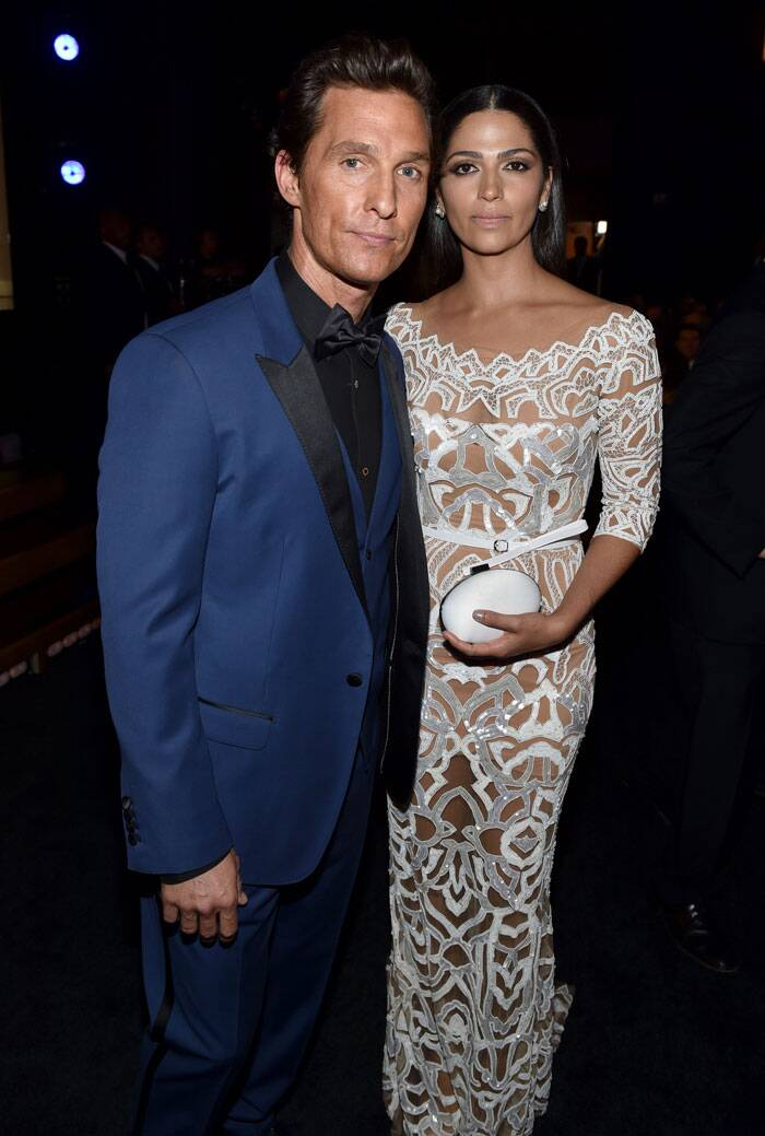 Hollywood actor Matthew McCaughney cozied up to wife Camila Alves for the cameras. (Source: AP)