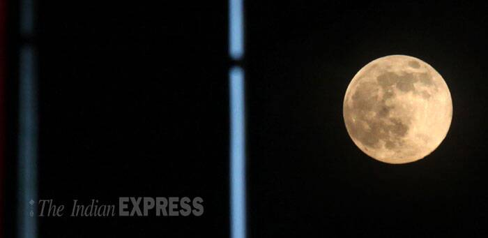 Supermoon visits Kolkata. (Source: Express photo by Partha Paul)