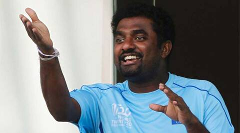 Muralitharan pays tribute to retiring Mahela Jayawardene (Source: Reuters)