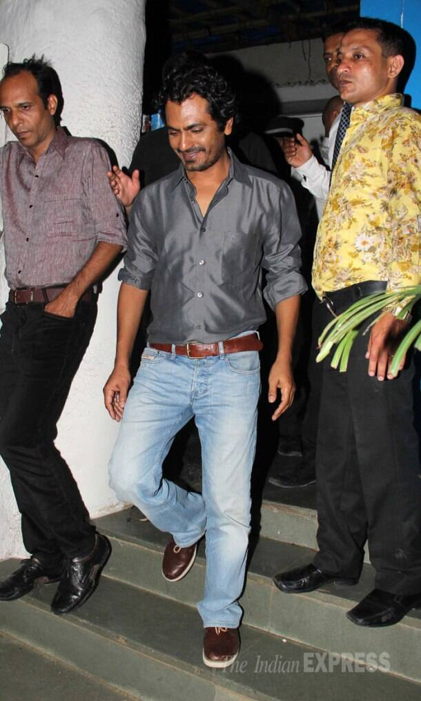 It's a wrap! Varun Dhawan, Yami, Huma party with Arjun, Maanyata