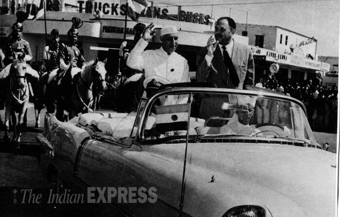 Prime Minister Jawaharlal Nehru along with Pakistan President Ayub Khan driving through one of the streets in Karachi on September 19, 1960. (Source: Express archive)