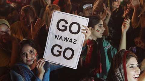 Supporters of Pakistan's cricket celebrity-turned-politician Imran Khan rally against government in Lahore, Pakistan, Thursday, Aug. 28, 2014. (Source: AP)