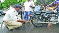 In a first, cops use jammers, fine 4,000 vehicle owners in 6 days