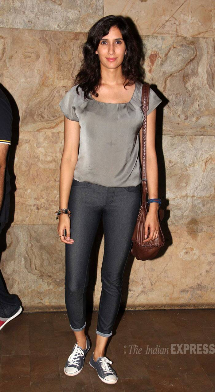 Abhishek Kapoor's fiancée Pragya,  who was also seen in 'Hawaa Hawaai', wore a grey top with folded denims. (Source: Varinder Chawla)