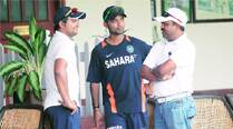 Pravin Amre 'serves' Suresh Raina the short-ball remedy