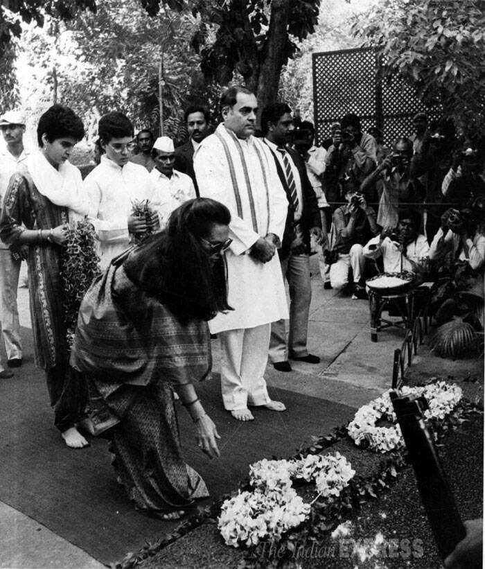 Rajiv Gandhi, Sonia Gandhi, Priyanka Gandhi and Rahul Gandhi are seen paying homage to Indira Gandhi on the occasion of her second death anniversary in New Delhi in October, 1986. (Express archive photo)