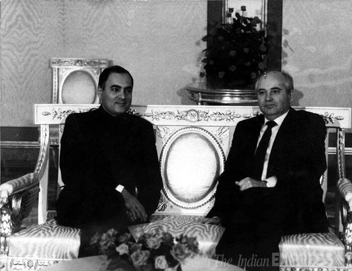 Rajiv Gandhi with Mikhail Gorbachev. (Express archive photo)