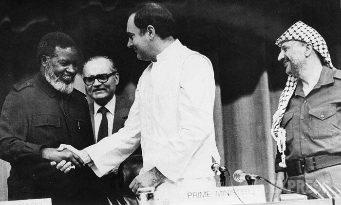 President of SWAPO, Sam Nujoma,  Rajiv Gandhi and Palestinian leader Yasir Arafat at a meeting held at Vigyan Bhawan in 1985. (Express archive photo)
