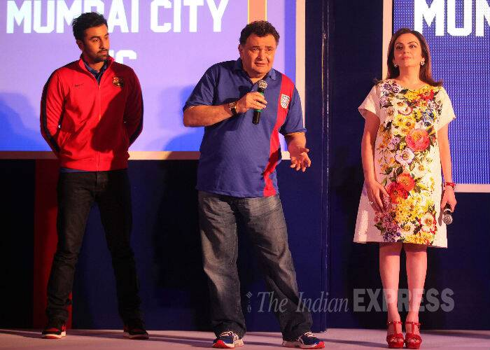 Bollywood heartthrob Ranbir Kapoor launched his football team Mumbai City FC at a special event, which also saw dad Rishi Kapoor, and Nita Ambani. (Source: Express photo by Kevin DSouza)