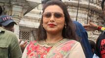 Rani Mukerji prays at Kalighat, urges women to be brave