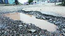 Bad road connecting Panchkula and Chandigarh leaves residentsupset