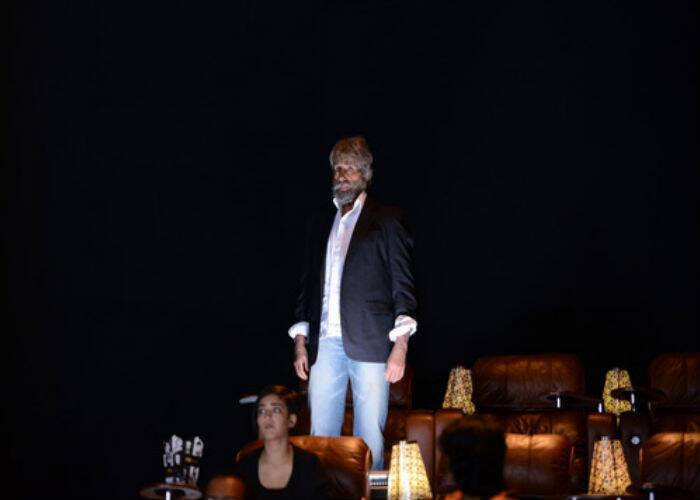 'Shamitabh' will also star actor Dhanush and mark the debut of Kamal Haasan's younger daughter Akshara Haasan, who can be seen in this shot. (Source: Amitabh Bachchan's blog)