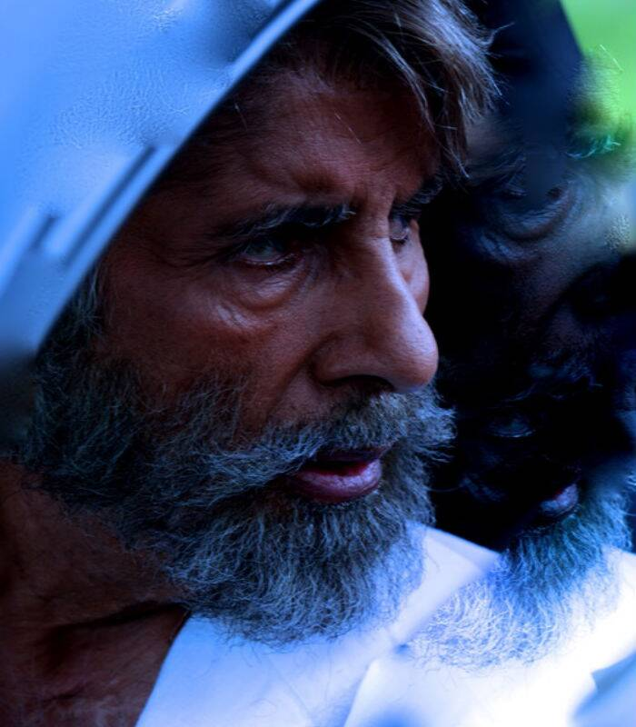 Bollywood megastar Amitabh Bachchan has had a busy past few months with his numerous projects including shooting for reality game show 'Kaun Banega Crorepati 8', television series 'Yudh' and R Balki's 'Shamitabh'. The actor shared a number of pictures from the sets of the forthcoming film on his blog. (Source: Amitabh Bachchan's blog)
