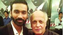 Mahesh Bhatt and Dhanush  pose for a keepsake on the sets of the film
