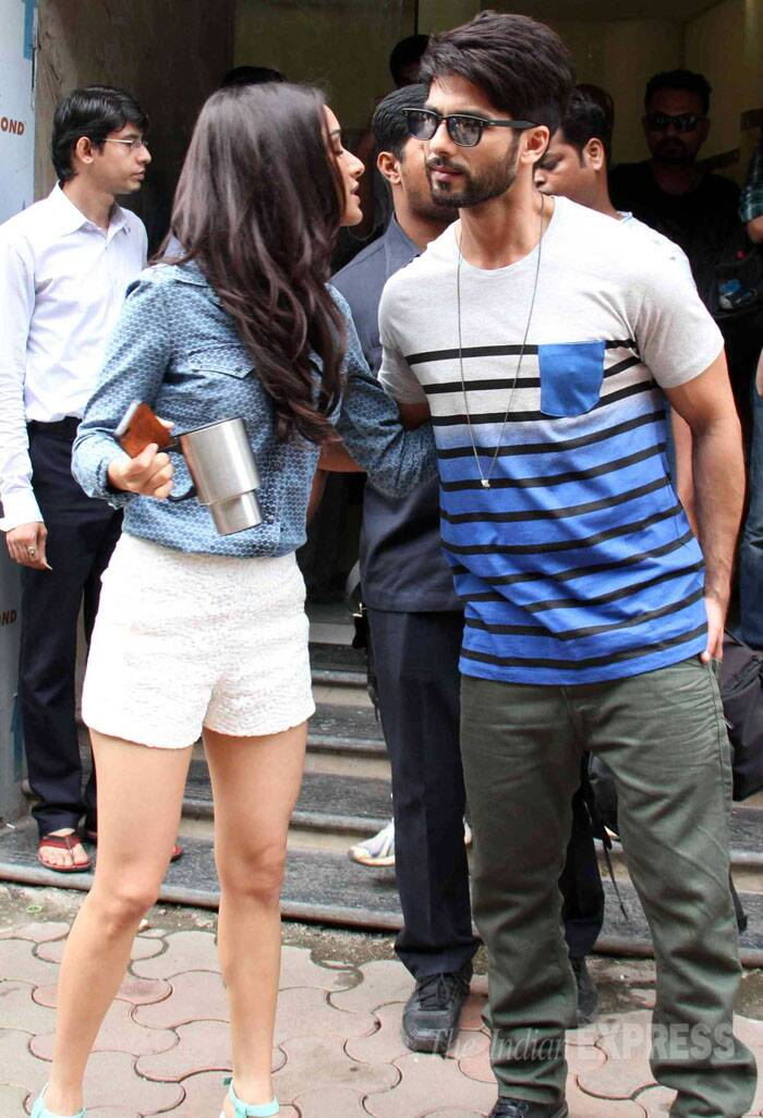 Shraddha gives Shahid a hug. (Source: Varinder Chawla)