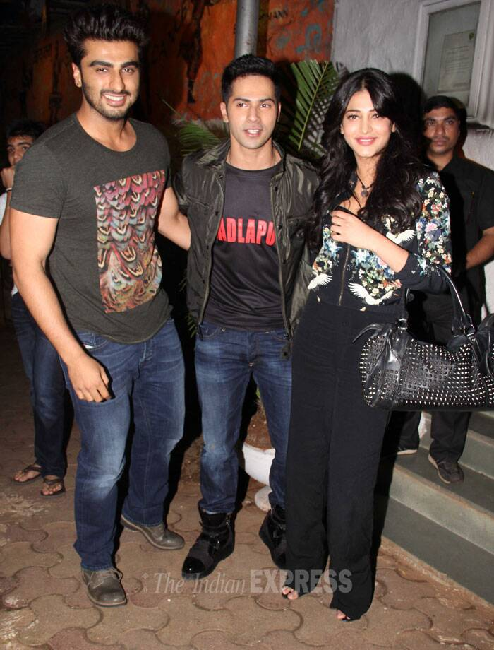 Shruti Haasan, who is also working in a few Bollywood movies, was seen with Varun and Arjun. (Source: Varinder Chawla)