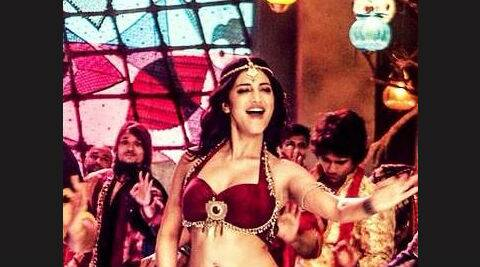 Shruti Haasan is seen in a maroon bustier and skirt in the number. (Source: Shruti Haasan's twitter account)