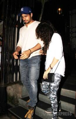 'Villain' Sidharth Malhotra's date with a mystery girl, Ayan Mukerji watches movie with Kiran Rao