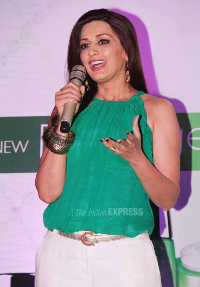 Mother of one, Sonali spoke about ageing and wrinkles at the launch.(Source: Varinder Chawla)