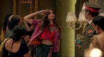 Watch: Sonam Kapoor in 'Abhi Toh Party' from 'Khoobsurat'