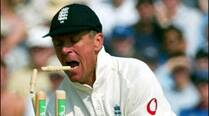 Alec Stewart comes out in defence of Fletcher