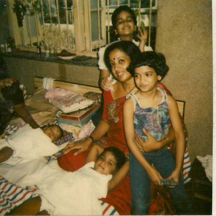 Can you guess who these little girls are? They grew up to be successful models and one of them is an actress too. We won't keep you guessing for long - they are none other than the three famous models - Sameera, Sushma and Meghana Reddy. <br /><br /> 'Race' actress Sameera Reddy shared a picture of herself, sisters Meghana and Sushama along with their mother Nakshatra Reddy. The girls are a spitting image of their beautiful mother. 'My mom wit her three monkeys (me Meghana in her lap, Sushama behind & friend s baby),' posted Sushama.