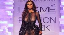 Sushmita Sen turns show stopper for Amit Aggarwal at LFW