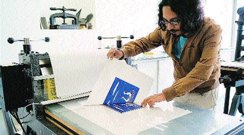 Sarnath Banerjee working on his print.