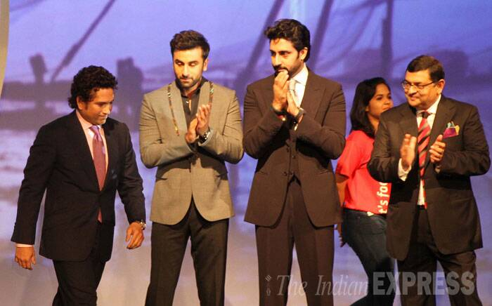 Looking crisp in a black suit, Sachin expressed his desire to see India as the fittest nation in the world Seen here: Sachin Tendulkar (L), Ranbir Kapoor (C) and Abhishek Bachchan (R) (Source: Express Photo by Pradeep Kocharekar)