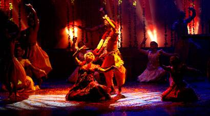 Dance drama recreates Krishna's rasleela