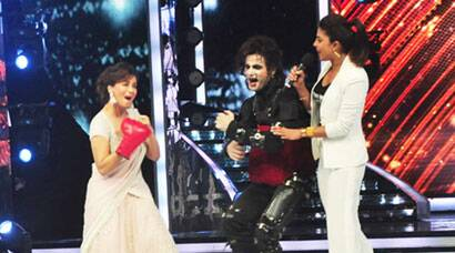 PHOTOS: Let the fight begin! Priyanka, Madhuri put on their boxing gloves