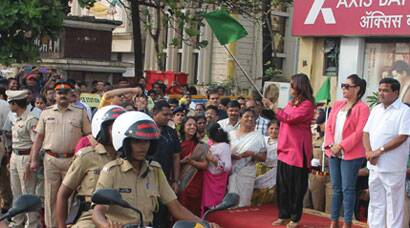 PHOTOS: When reel cop Rani Mukerji met real cops