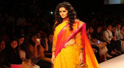Taapsee Pannu walks the ramp for LFW 2014